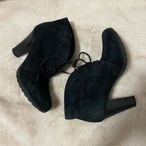 White mountain suede black booties
